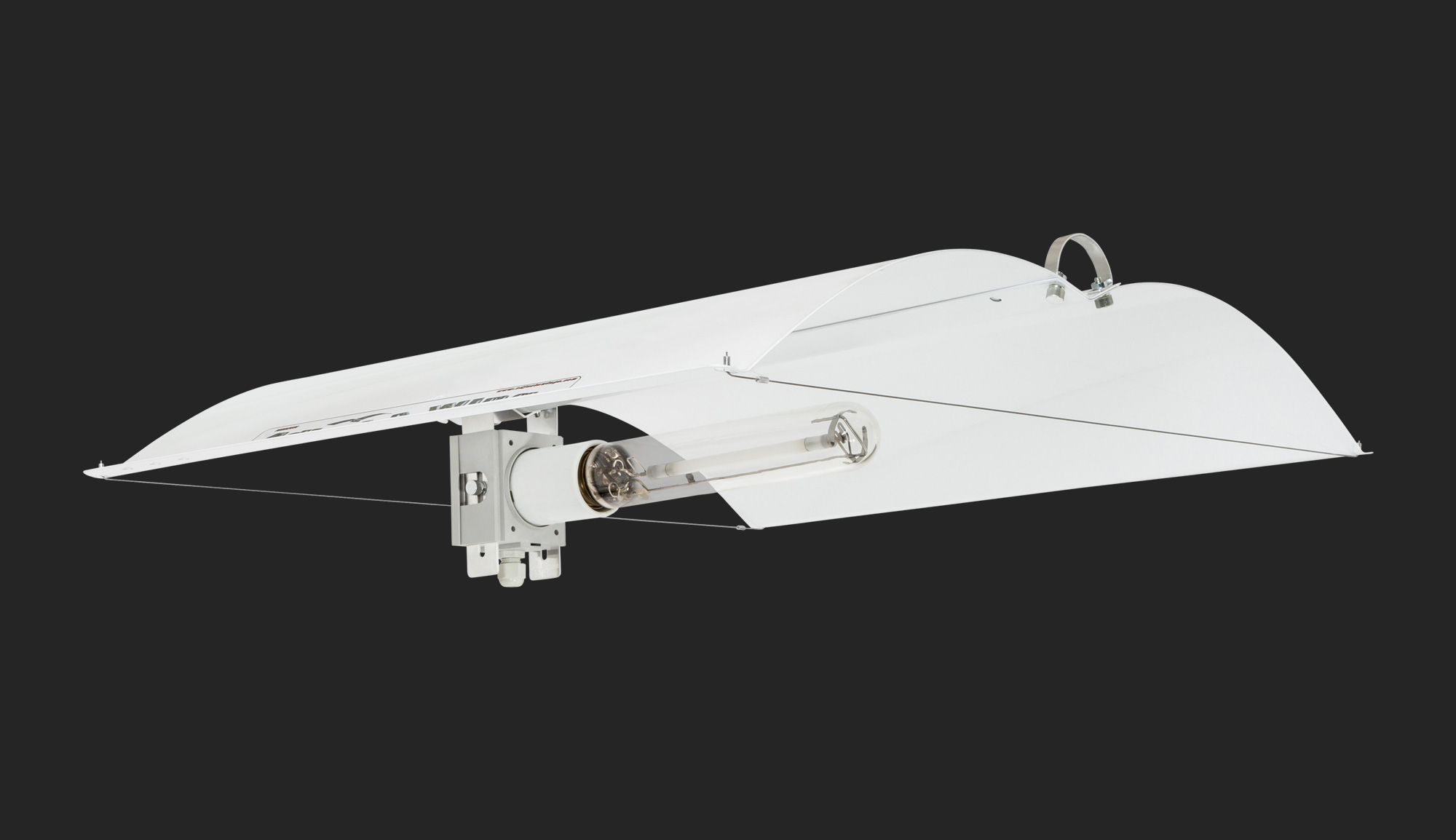 Defender Medium Reflector - Adjust-A-Wings